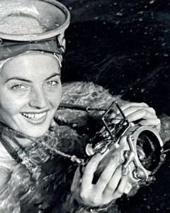 """La foto che venne pubblicata in copertina del Grosse Österreich Illustrierte nel 1949. All'interno della rivista il suo reportage dal titolo """"Spedizione nel Mar Glaciale viennese"""""""