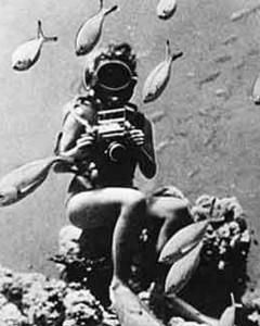 """1950, alcune foto scattate durante le riprese di """"Abenteuer im Roten Meer"""" (Under the Red Sea)"""