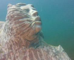 Una delle sculture del progetto La Casa dei Pesci