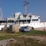 La nave VIS che verrà affondata in Croazia entro maggio. Le foto del servizio si riferiscono a come si presentava qualche mese addietro, prima degli ultimi preparativi