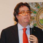 ebastiano Tusa durante la presentazione di Primo Mediterraneo, il suo libro, in occasione dell'ultima serata annuale dell'HDSI all'Hotel Mattei di Ravenna, dopo la visita al MAS Museo delle Attività Subacquee